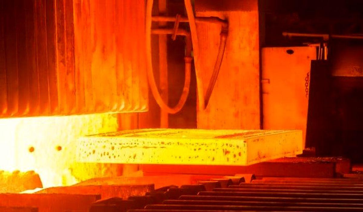 بورس با افزایش سرمایه فولاد استارت زد