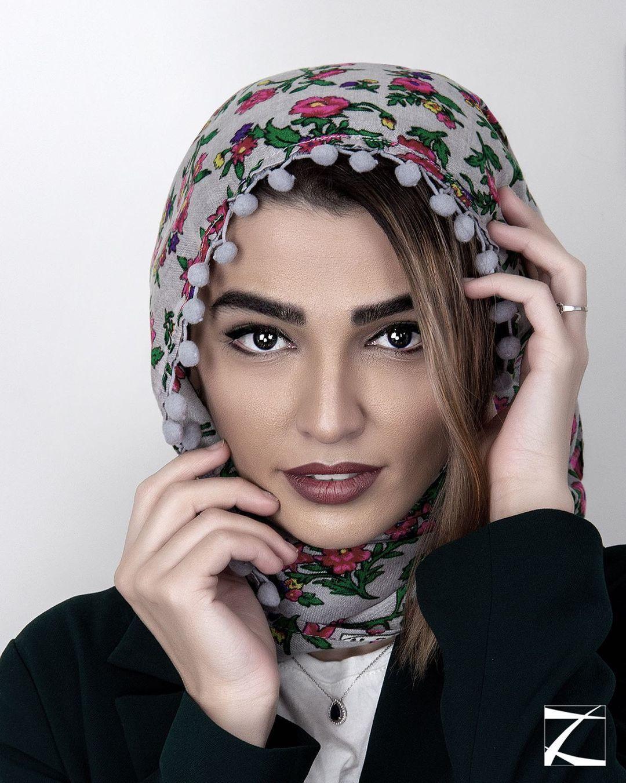 بازیگر خانم: نماز را از شهاب حسینی یاد گرفتم